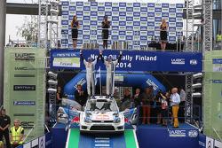 Vincitori Jari-Matti Latvala e Miikka Anttila, Volkswagen Polo WRC, Volkswagen Motorsport