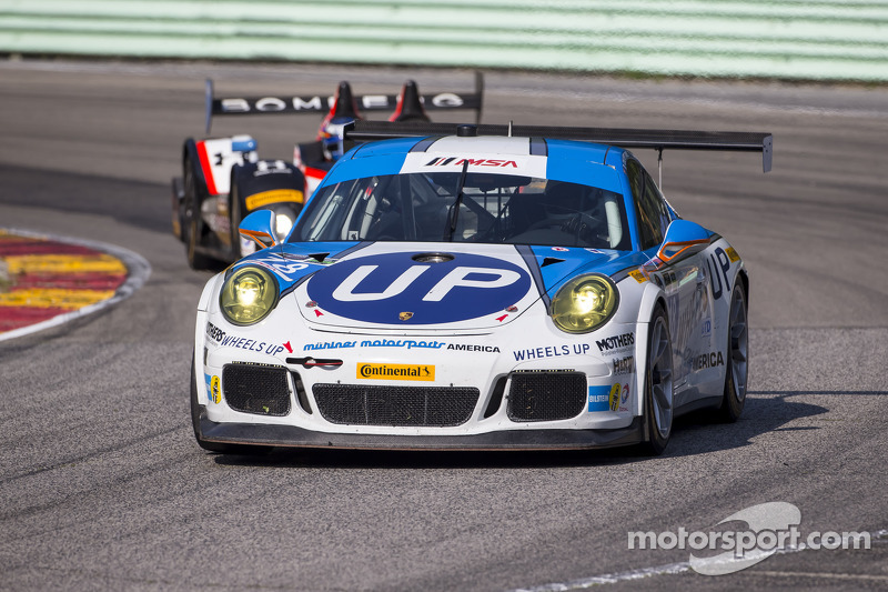 #18 Muehlner Motorsports America 保时捷 911 GT America: 大卫·卡尔弗特-琼斯, 阿历克斯·戴维森