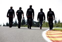 Streckenbegehung: Sergio Perez, Sahara Force India F1