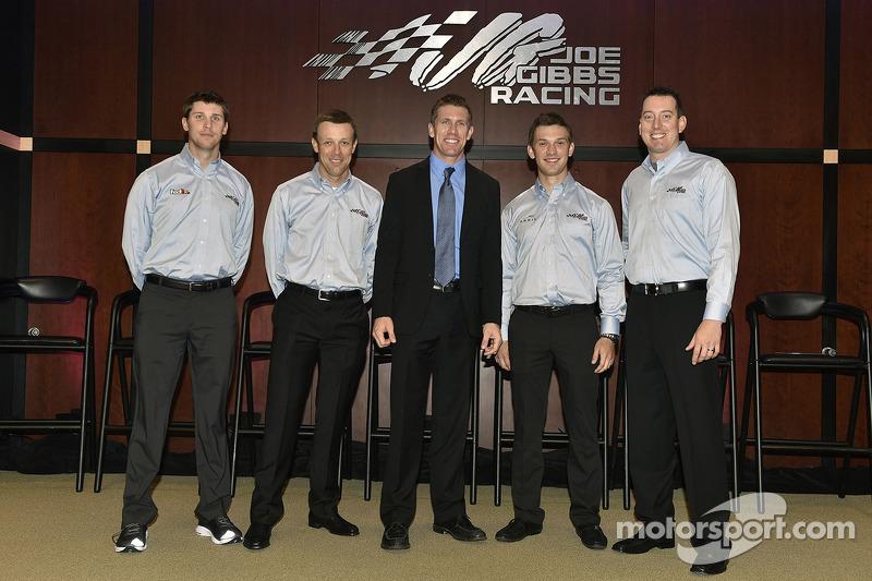 Denny Hamlin, Matt Kenseth, Carl Edwards, Daniel Suarez ve Kyle Busch
