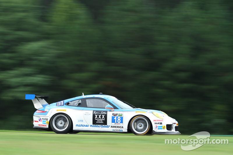 #18 Muehlner Motorsports America Porsche 911 GT America: Mark Kvamme, Billy Johnson
