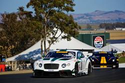 #88 Dyson Racing Team Bentley Bentley V8 T: Guy Smith