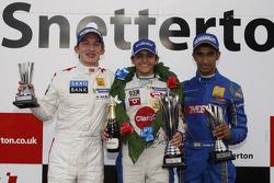 领奖台: Matteo Ferrer, Pietro Fittipaldi, Tarun Reddy