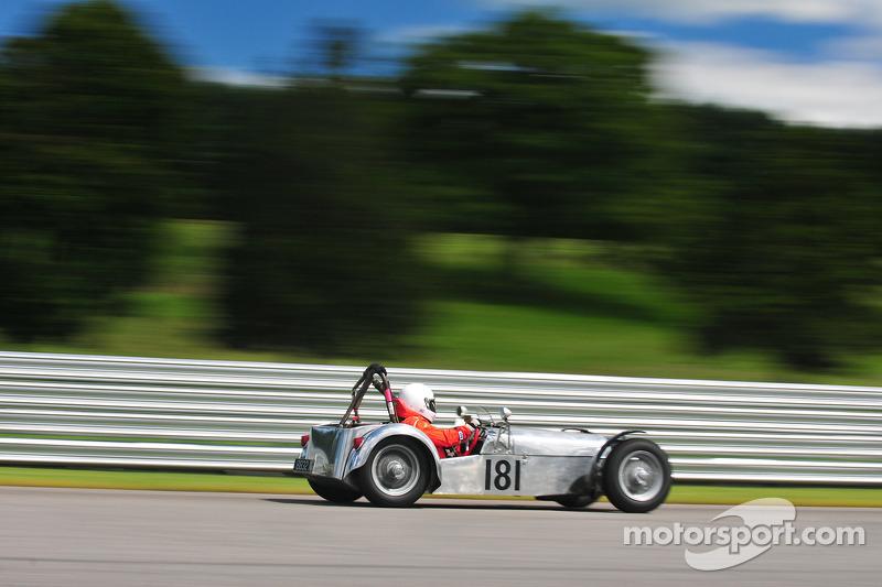 159 Lotus 7
