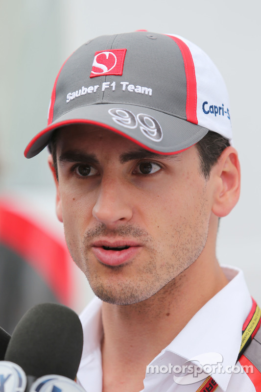 Adrian Sutil, Sauber with the media