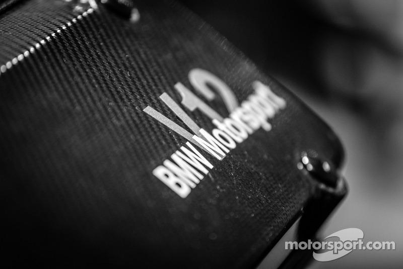 1999 BMW P75 engine