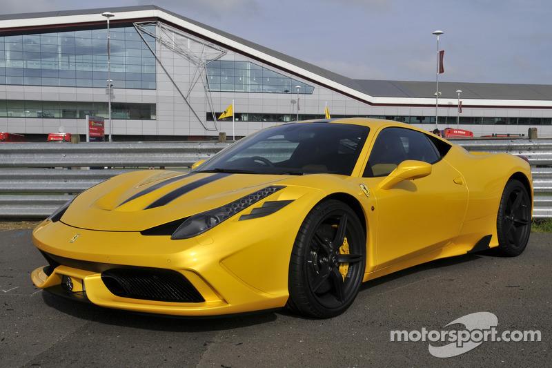 Ferrari Araç Sahipleri Kulübü, İngiltere