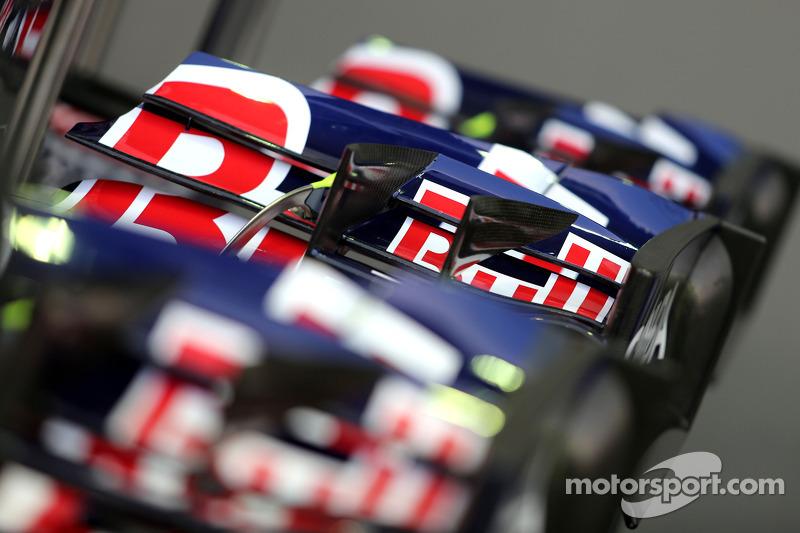 Frontflügel: Scuderia Toro Rosso