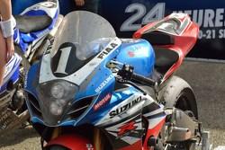 比赛获胜者,#1 铃木: Vincent Philippe, Anthony Delhalle, Erwan Nigon赛车细节