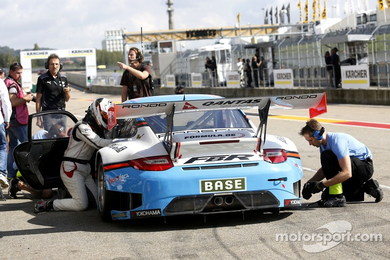 #5 Farnbacher Racing 保时捷 911 GT3 R: Robert Lukas, Nathan Morcom