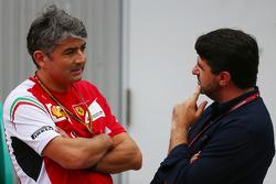 (Da sinistra a destra): Marco Mattiacci, Ferrari Team Principal con Luis Garcia Abad, Driver Manager di Fernando Alonso, Ferrari