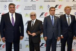 Azad Rahimov, Bernie Ecclestone, Anar Alekperov, et Hermann Tilke