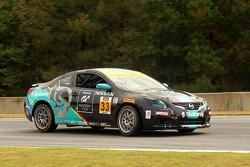 #33 Nissan Altima Takımı: Lara Tallman, Vesko Kozarov