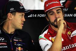 Red Bull Racing, Sebastian Vettel y Fernando Alonso, Ferrari en la Conferencia de prensa FIA
