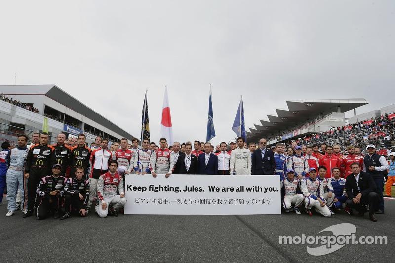 I piloti mostrano il loro sostegno per Jules Bianchi