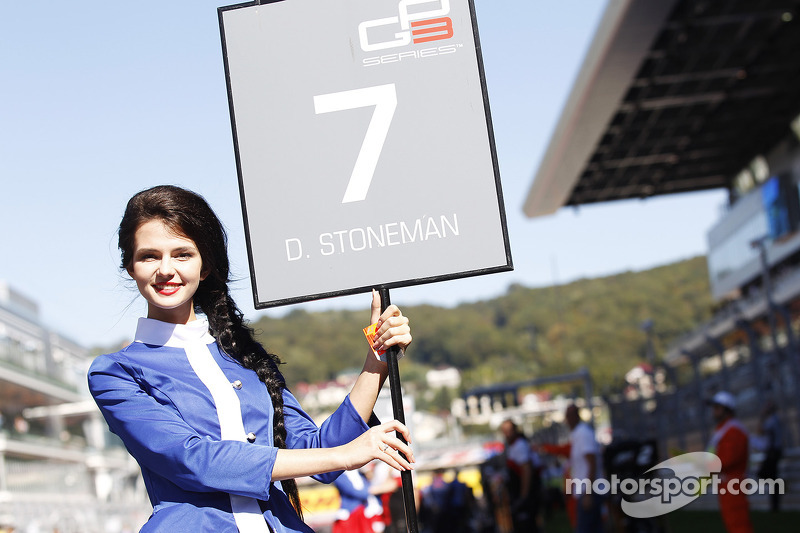 A lovely Sochi grid girl