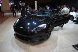 Aston Martin Vanquish Carbon Ed.
