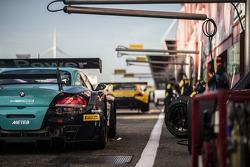 #72 Sports&You Mercedes SLS AMG GT3