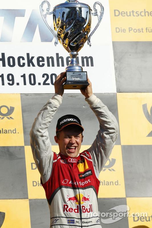 Ganador de la Carrera Mattias Ekström, Audi Sport Team Abt Sportsline, Audi RS 5 DTM