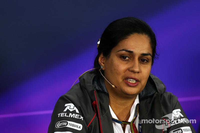 Monisha Kaltenborn, Sauber Team Prencipal En la rueda de prensa de la FIA