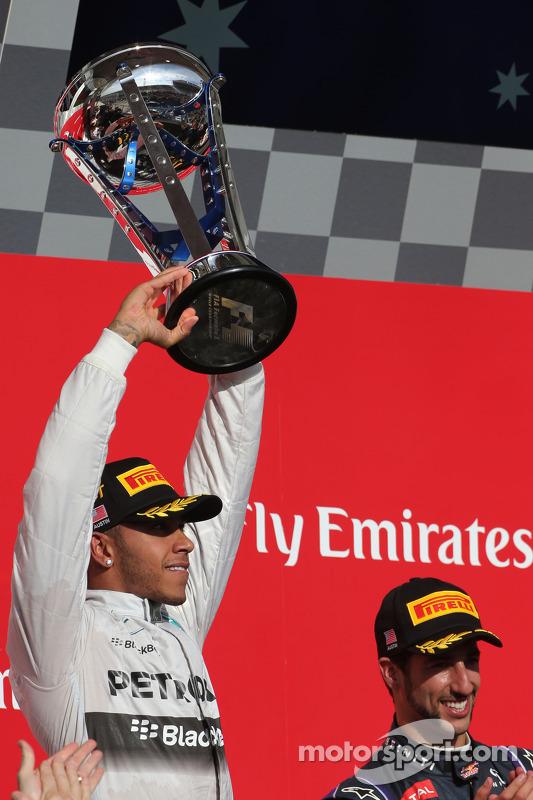 Lewis Hamilton, Mercedes AMG F1 Team e Daniel Ricciardo, Red Bull Racing