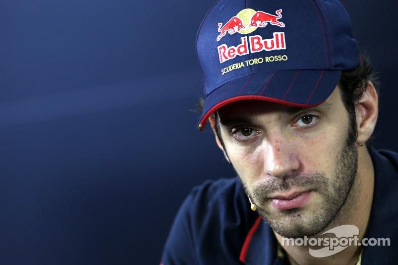 Jean-Eric Vergne, Scuderia Toro Rosso durante la conferenza stampa FIA