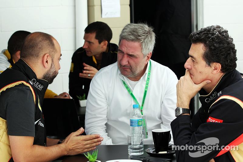Gerard Lopez, Lotus F1 Takım Patronu, ve Federico Gastaldi, Lotus F1 Takımı Yardımcı Takım Patronu (Sağ)