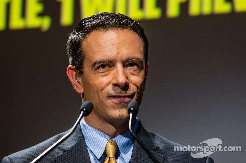 Şampiyona yarışmacıları Basın konferansı: Mike Massaro