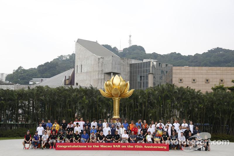 Grup fotoğraf çekimi: F3, WTCC ve Motor pilotları, Macau