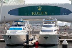 Botes en el puerto