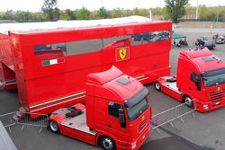 Scuderia Ferrari Paddock Buildeng/Hauler