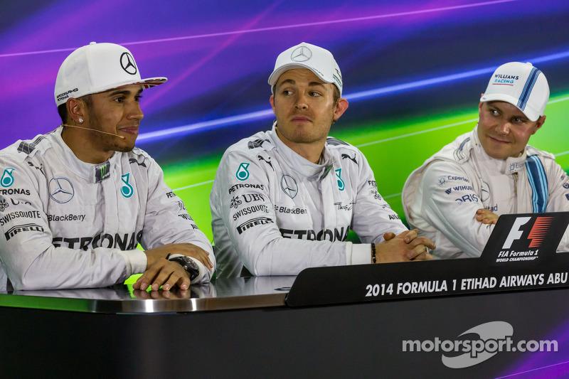 Conferenza stampa della FIA post qualifiche: Lewis Hamilton, Mercedes AMG F1, secondo; Nico Rosberg,
