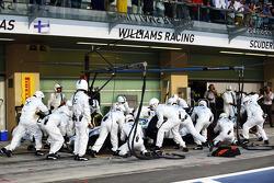 Felipe Massa, Williams FW36, en una parada de pits