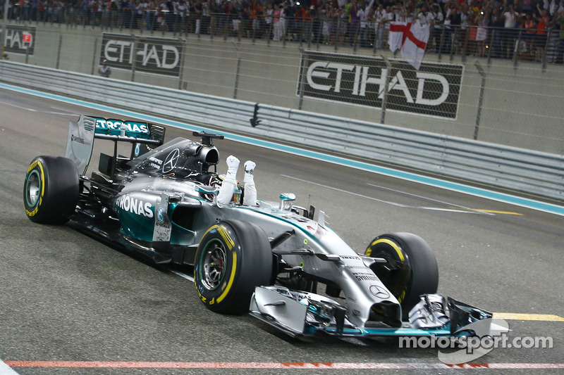 "2014 - Lewis Hamilton, Mercedes (<a href=""http://fr.motorsport.com/f1/photos/main-gallery/?r=23206"">Galerie</a>)"