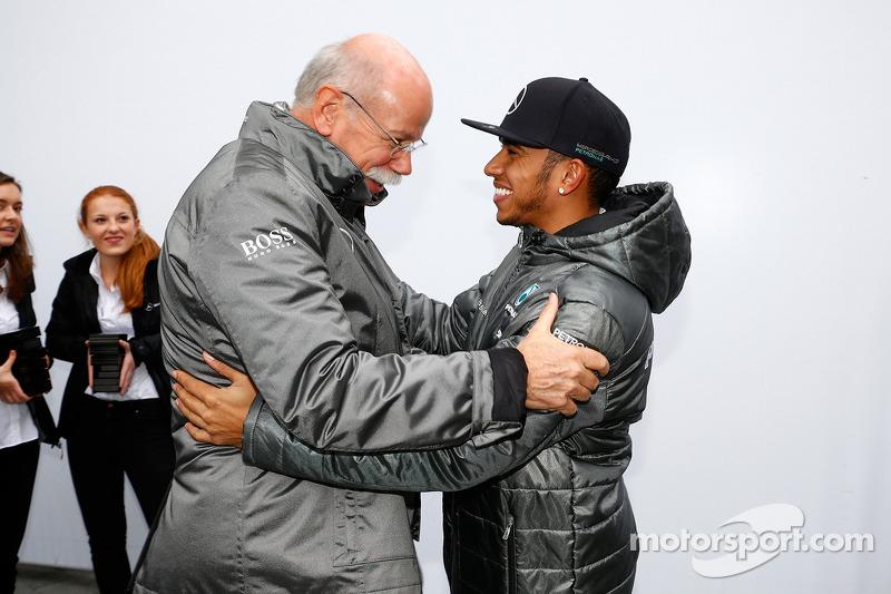 Dr. Dieter Zetsche, Lewis Hamilton