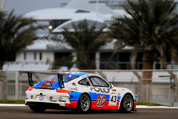#43 STP Racing 和 Sopp 保时捷 991 GT3 Cup: 瑞恩·拉特克利夫, 丹尼尔·维希