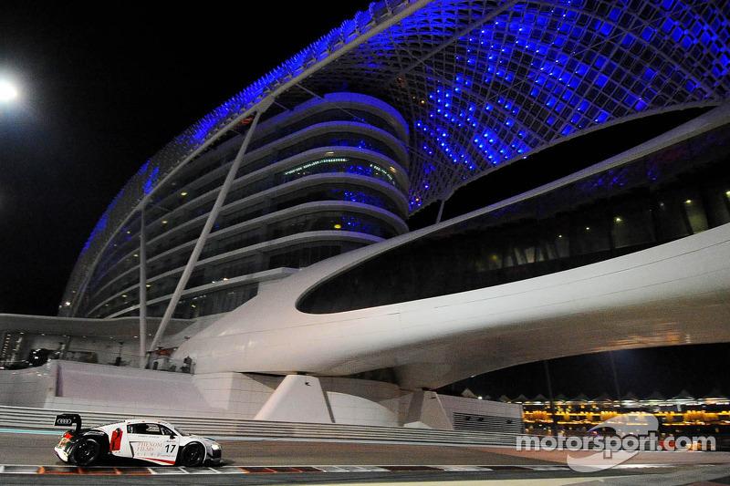 #17 绝对车队(中国) 奥迪 R8 LMS GT3: 李小京, 董荷斌, 王建伟