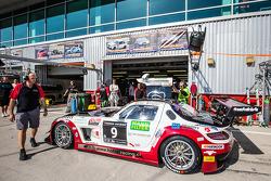#9 Hofor-Racing Mercedes SLS AMG GT3: Michael Kroll, Kenneth Heyer, Christiaan Frankenhout, Roland Eggimann, Roland Rehfeld
