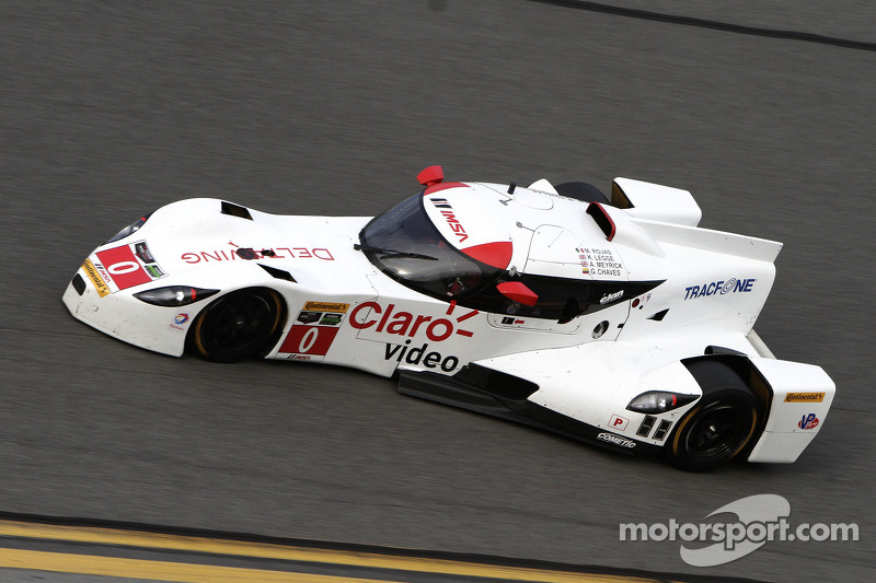 #0 DeltaWing Racing Cars DWC13: Andy Meyrick, Memo Rojas, Gabby Chaves