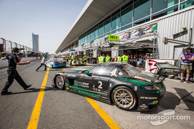 Pit stop for #2 Black Falcon Mercedes SLS AMG GT3: Abdulaziz Al Faisal, Hubert Haupt, Yelmer Buurman, Oliver Webb