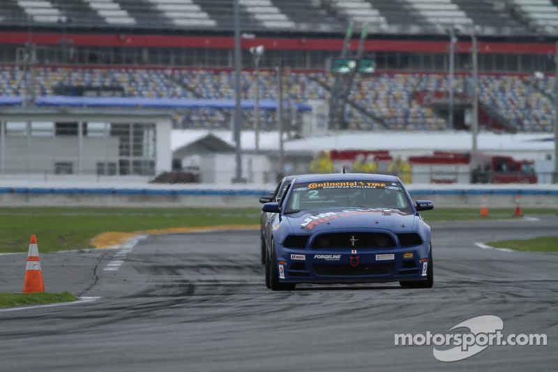#2 Jim Click Racing, Mustang Boss 302R: Mike McGovern