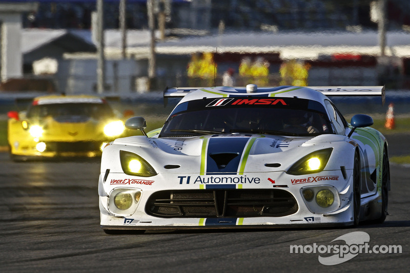 #93 Riley Motorsports Dodge Viper SRT: Al Carter, Ben Keating