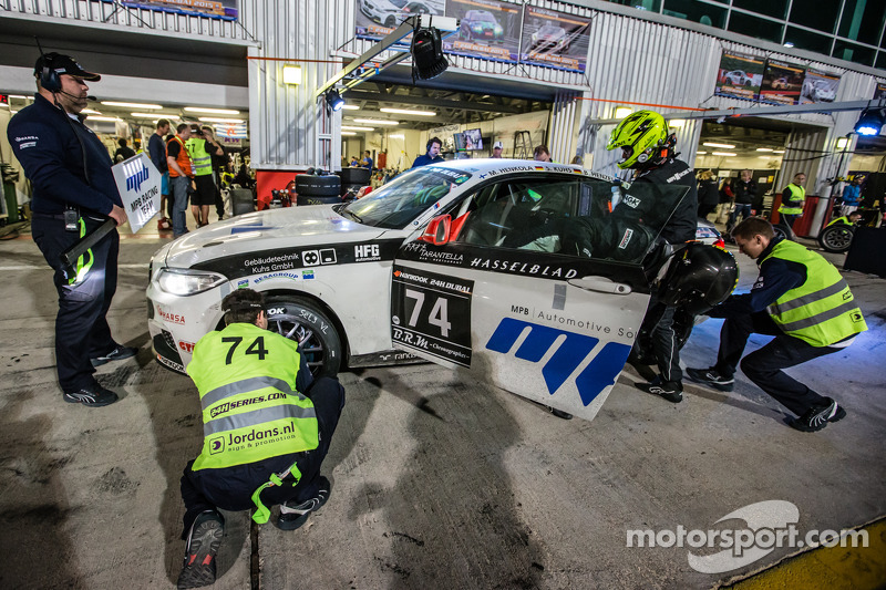 Pit stop for #74 MPB Racing Team BMW M235i Racing Cup: Matias Henkola, Stephan Kuhs, Bernhard Henzel