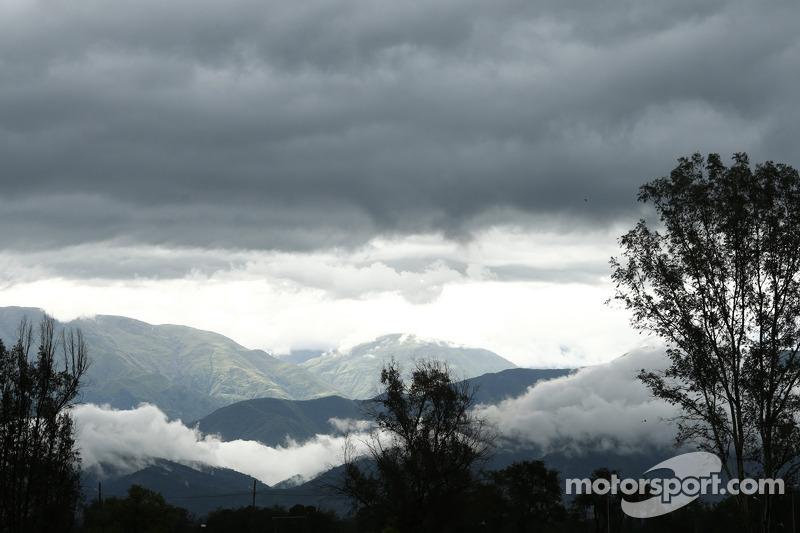Bedrohlich aussehende Wolken