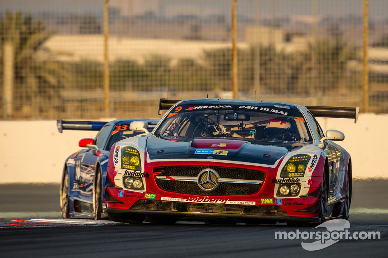 #9 Hoдля-Racing Mercedes SLS AMG GT3: Michael Kroll, Kenneth Heyer, Christiaan Frankenhout, Роланд Е
