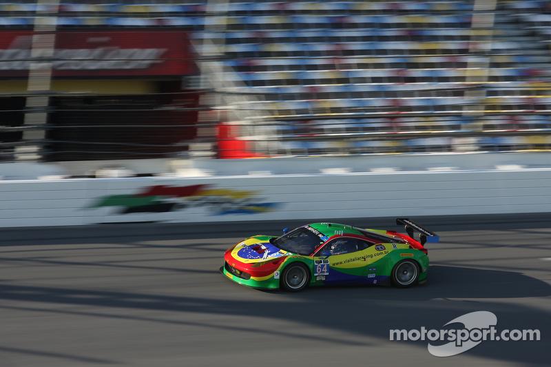 #64 Scuderia Corsa 法拉利 458 Italia: Francisco Longo, Daniel Serra, Marcos Gomes, Andrea Bertolini
