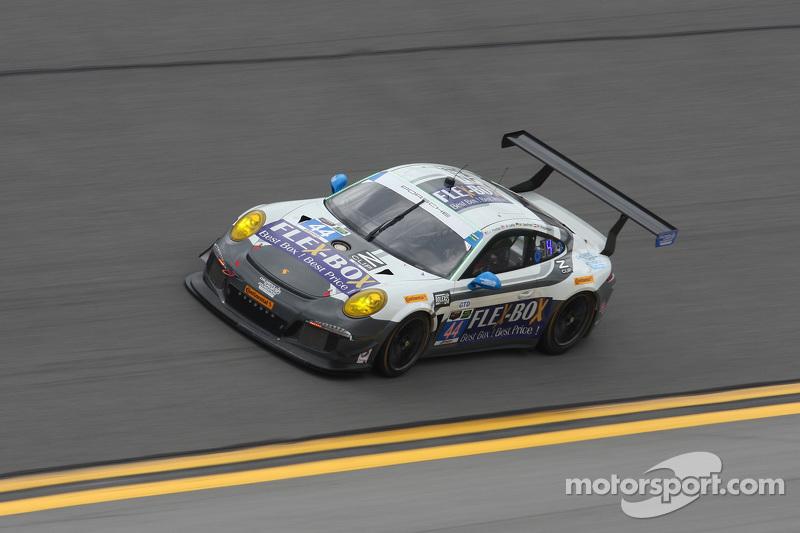 #44 Magnus Racing Porsche 911 GT America: John Potter, Andy Lally, Marco Seefried, Martin Ragginger