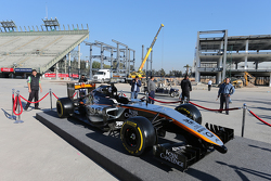 فريق سهارا فورس إنديا للفورمولا واحد، يكشف عن ألوان سيارته لموسم 2015
