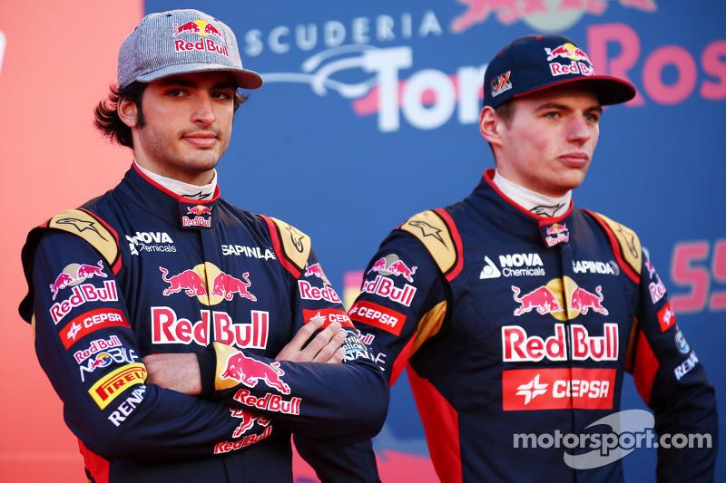 (da sinistra a destra): Carlos Sainz Jr., Scuderia Toro Rosso con il compagno di squadra Max Verstap