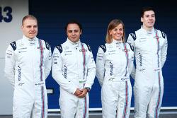 (من اليسار إلى اليمين): فالتيري بوتاس، ويليامز مع فيليبي ماسا، ويليامز؛ سوزي وولف، سائق الاختبار في ويليامز؛ وأليكس لين، سائق الاختبار في ويليامز